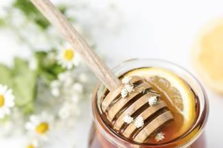 عسل و ترکیبات تشکیل دهنده آن